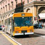 Convivenza bici e autobus a Bologna