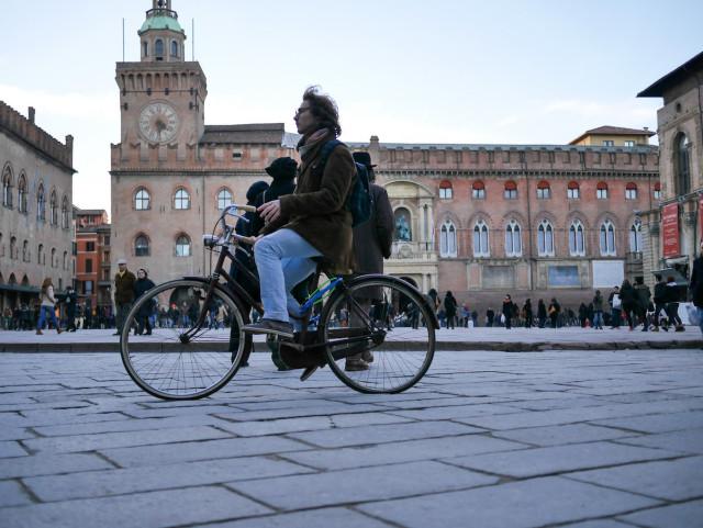 Bologna annuncia la dieta del traffico