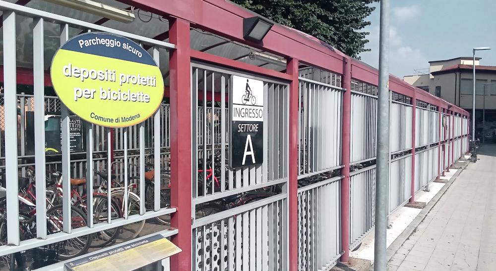 deposito bici stazione modena