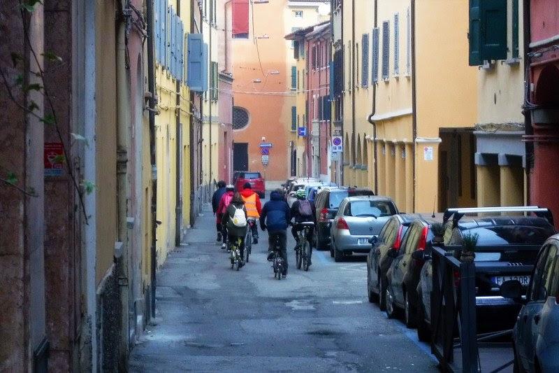 In bici al tempo del covid: le nostre proposte per giri virtuali a Bologna